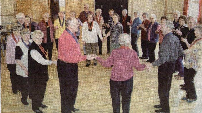Otta: Seniordansen på Eben Eser