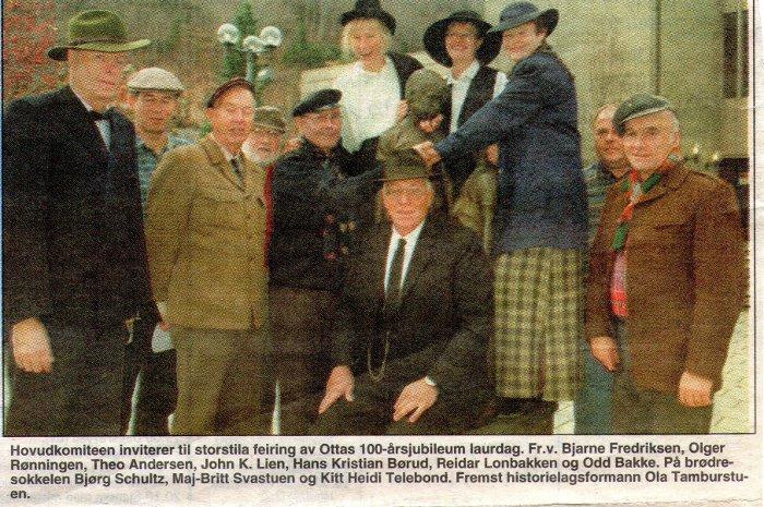 Komiteen for jernbanejubileet på Otta i 1996.