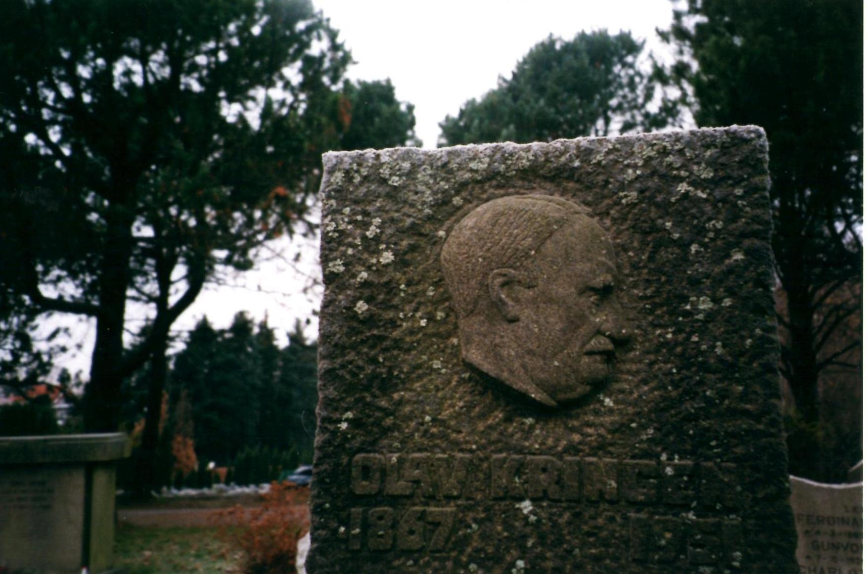 Minnestein for Olav Kringen på Vestre Gravlund i Oslo.