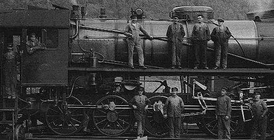 Lokomotivpussere på Otta i1932.