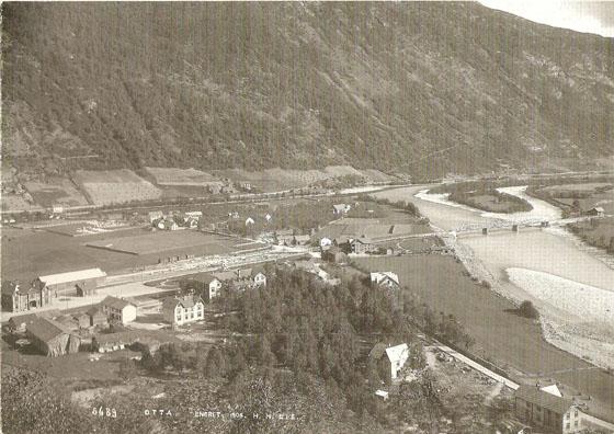 Stasjonsbyen Otta anno 1904.