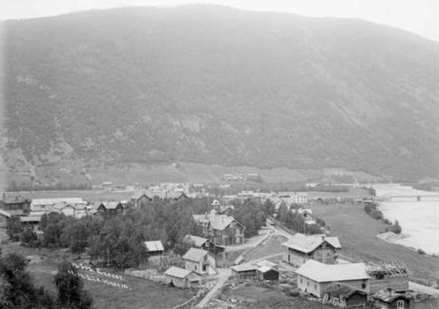 Ottekren gar påOtta i 1909.