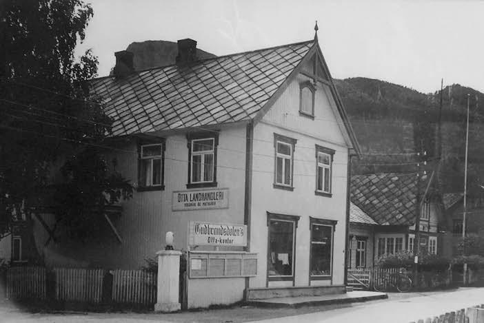 Otta landhandleri, Sletten-huset