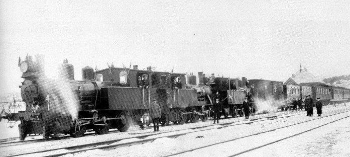 Tog på Dombås 1913.